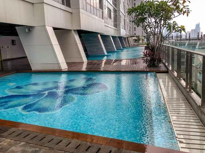 EXTERIOR_BUILDING Luminous Modern 2 BR Menteng Park Apartment by Travelio