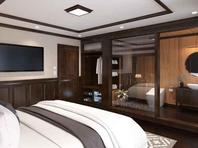 BEDROOM La Regina Legend Cruise
