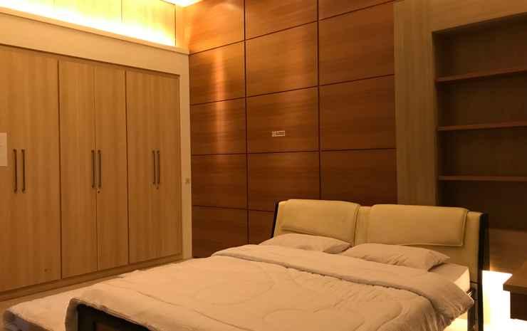 U-Nice Residence, 15 Beds ENTIRE HOUSE, City Centre Yogyakarta - 3 Bedrooms Villa