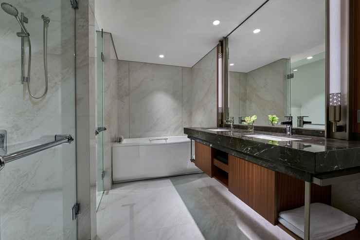BATHROOM Grand Hyatt Jakarta