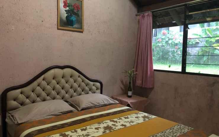 2 Bedrooms at Argomayang 1 by Hotel Azaya Semarang - Two Bedroom