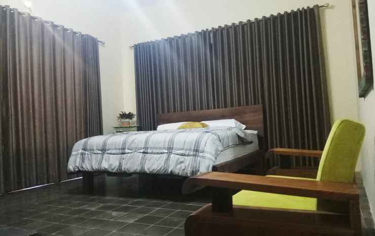Doeloerkoe Homestay  Solo - Junior Suite
