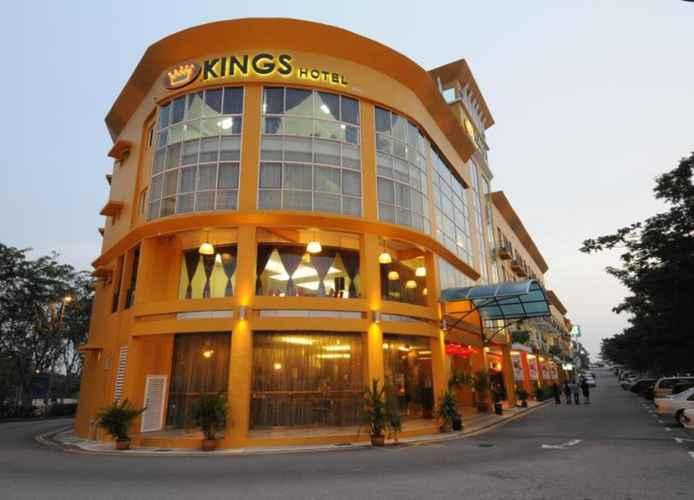 EXTERIOR_BUILDING Kings Hotel