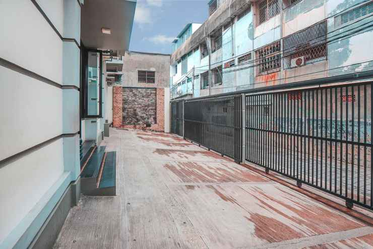 EXTERIOR_BUILDING OYO 122 Oekude Kost