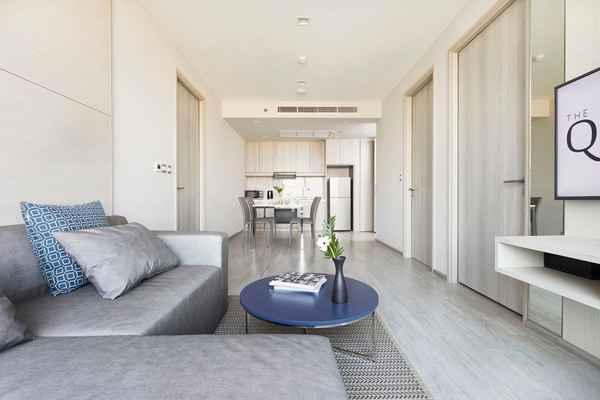 BEDROOM The Quarter Ari by UHG