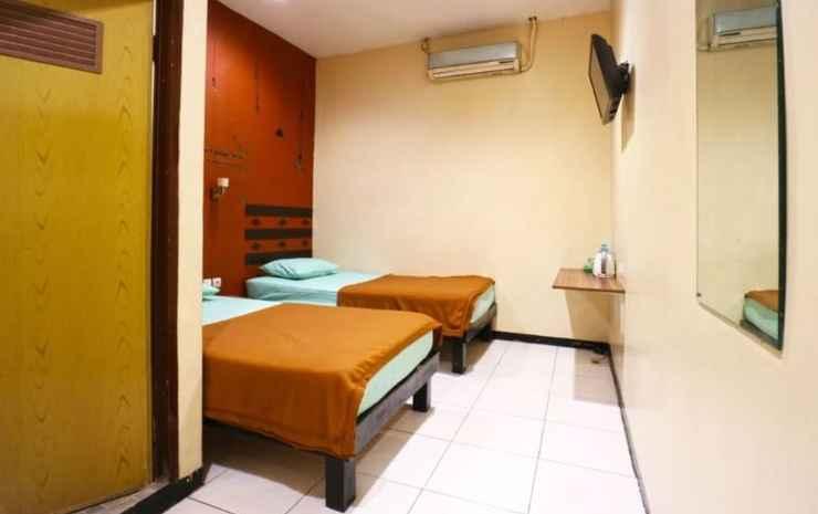 Sparkling Backpacker Hotel Surabaya - VIP Room