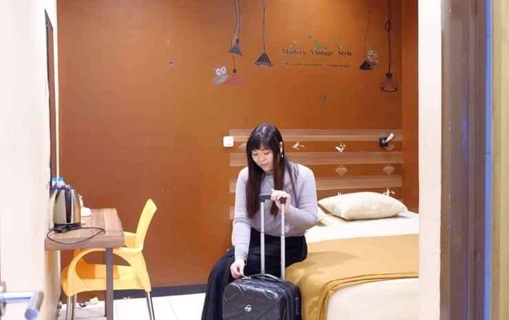 Sparkling Backpacker Hotel Surabaya - Standard Room