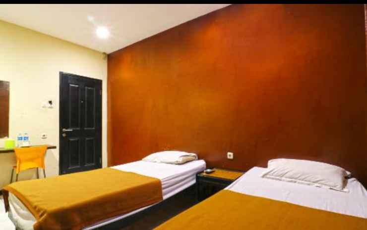 Sparkling Backpacker Hotel Surabaya - Deluxe Room