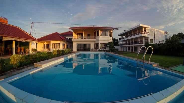 SWIMMING_POOL Marina Seaview Apartment