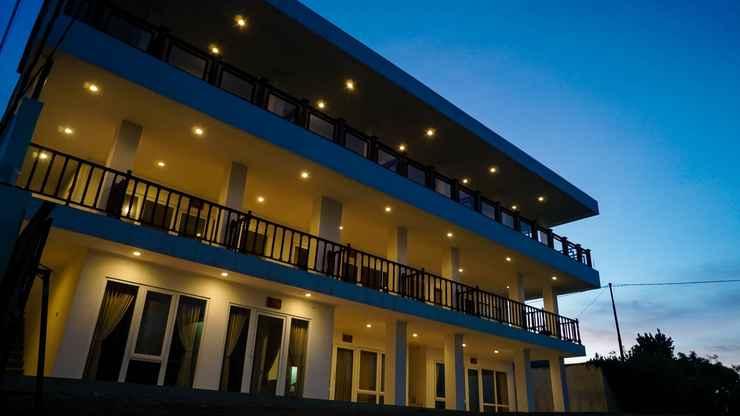 EXTERIOR_BUILDING Marina Seaview Apartment