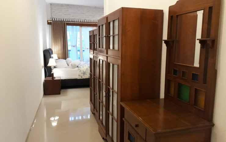 Kirana Guest House Bandung Bandung - 1 Villa (Double Room + Family Room)