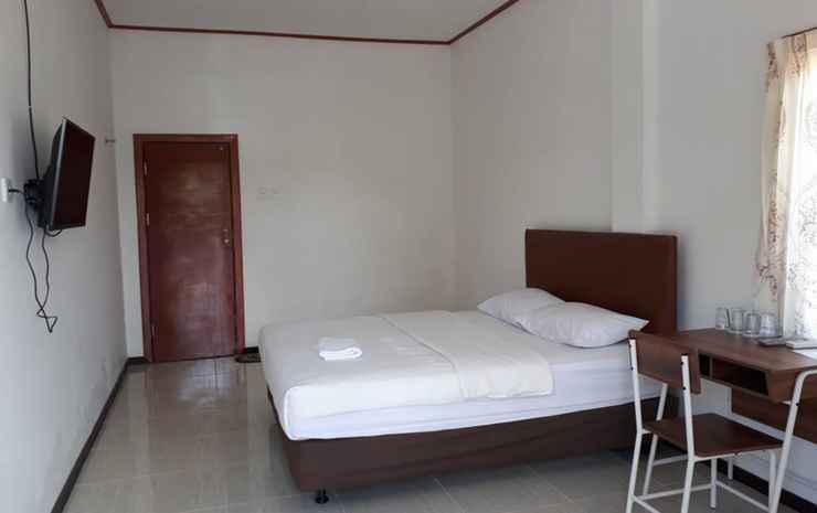 Aimas Inn Sorong - Deluxe Room