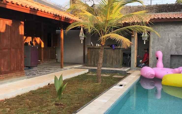 ENTERTAINMENT_FACILITY Full House 2 Bedrooms at Gubug Bengong