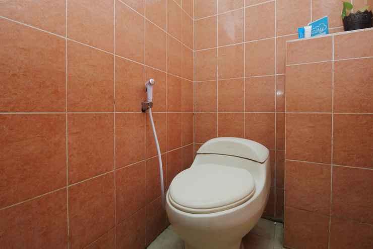 BATHROOM Airy Syariah Sunan Bonang 16 Magelang