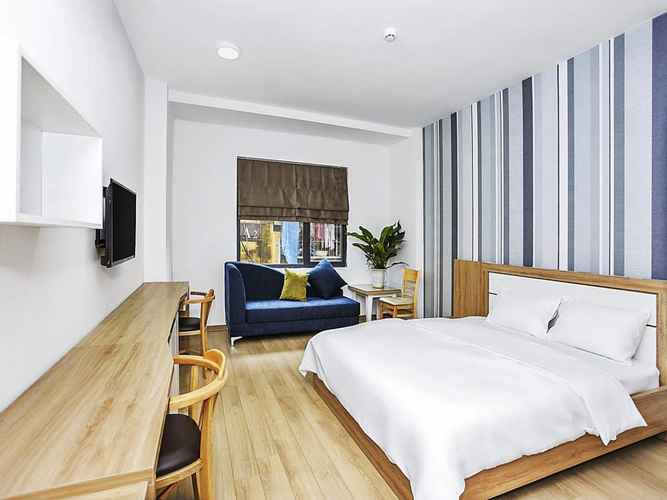 BEDROOM NYT Home Giang Vo