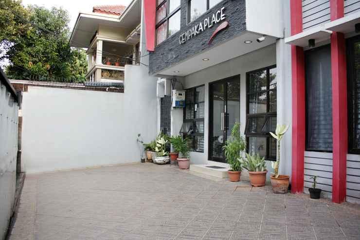 EXTERIOR_BUILDING OYO 148 Cempaka Place Homestay Near Jakarta Islamic Hospital