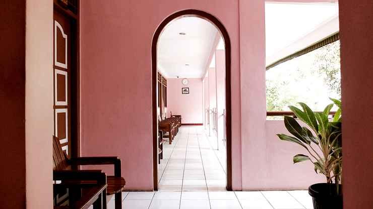 LOBBY Hotel Sawunggalih