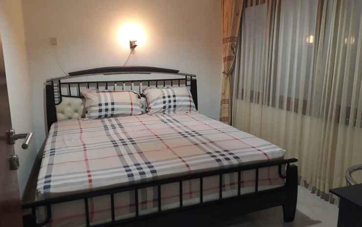 Awana Town House at 37  Yogyakarta - 3 Bedrooms Villa