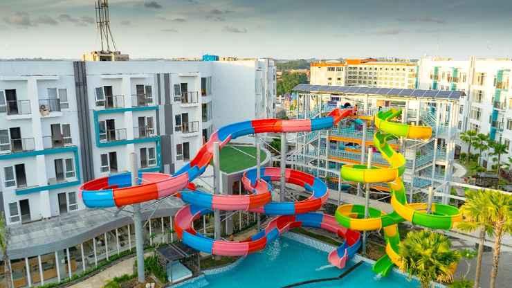 SWIMMING_POOL Astara Aeropolis Hotel Balikpapan
