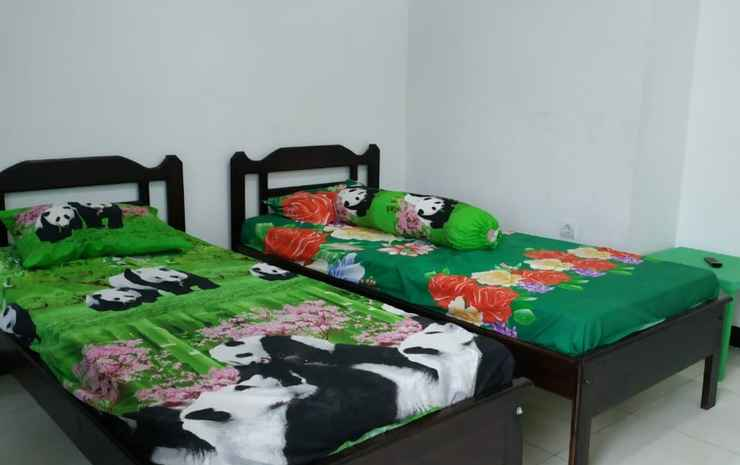 Penginapan Togaz Kupang - Standard Room With Fan