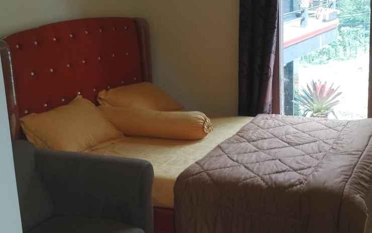Cozy Room at Umbrella Homestay Wonosobo - Queen Bed
