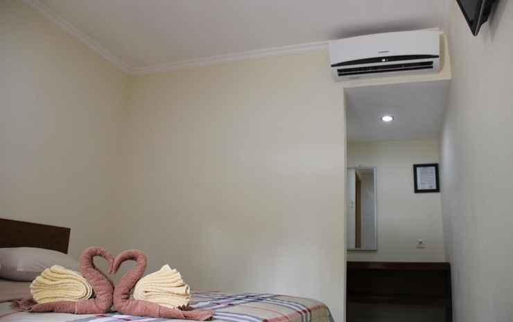 Bamboe Inn Homestay  Bandar Lampung - Standard Queen Room Only