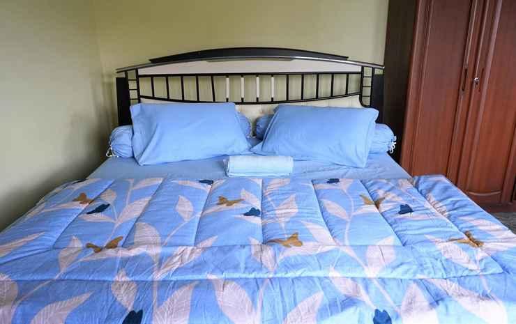 Villa Ayunisa Malang - Four Bedrooms