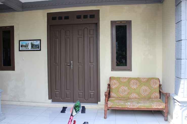 LOBBY Cozy Homestay Agung by Damandiri Selo