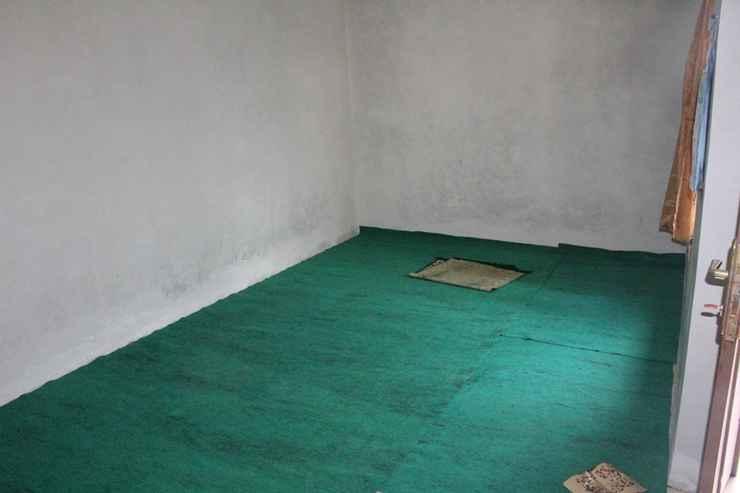 BEDROOM Cozy Homestay Cemara by Damandiri Selo