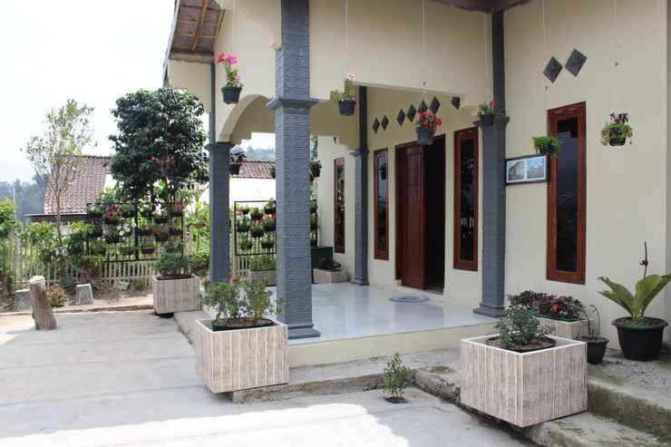 LOBBY Cozy Homestay Dua Putra by Damandiri Selo