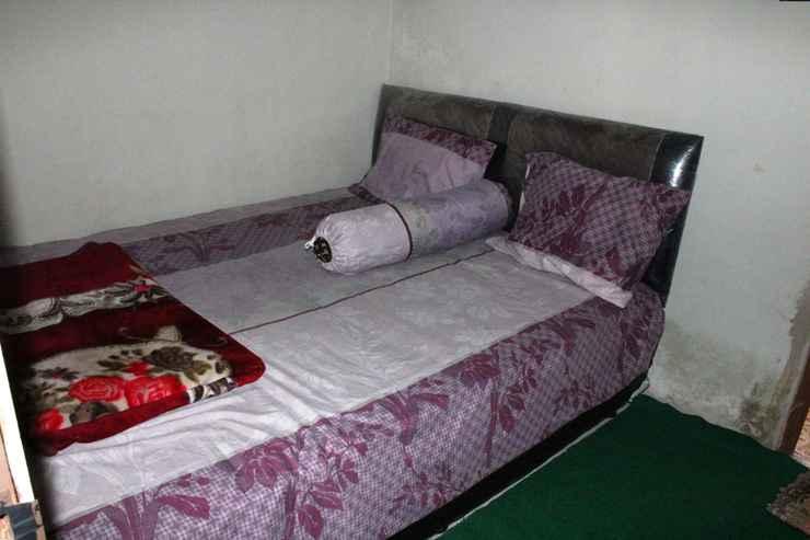 BEDROOM Cozy Homestay Indah Lestari by Damandiri Selo