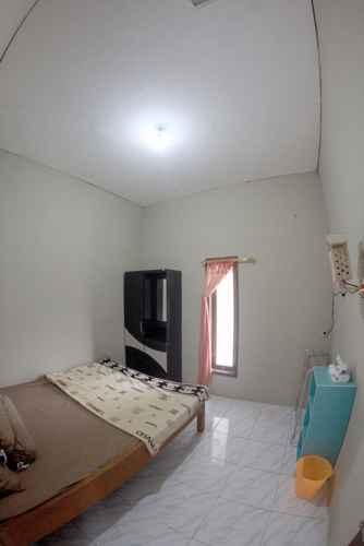 BEDROOM Cozy Homestay Isnalitha by Damandiri Selo