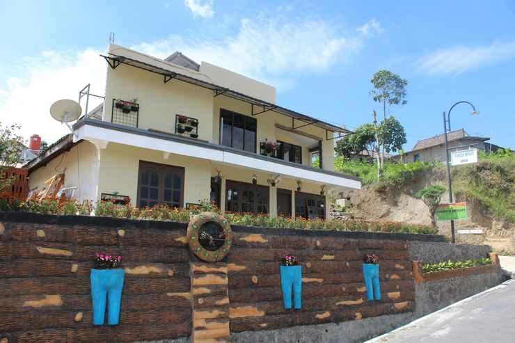 EXTERIOR_BUILDING Cozy Homestay Merapi by Damandiri Selo