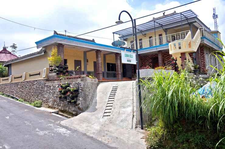 EXTERIOR_BUILDING Cozy Homestay Oemah Selo by Damandiri Selo