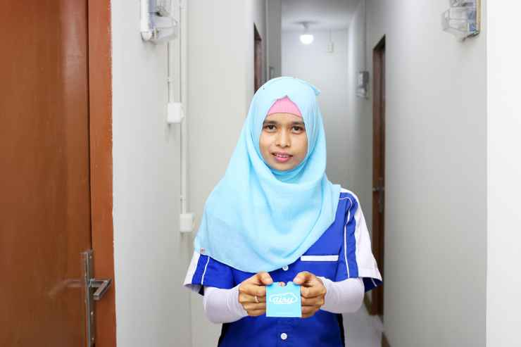 LOBBY Airy Eco Syariah Johar Baru Utara Satu Gang Sepuluh Jakarta