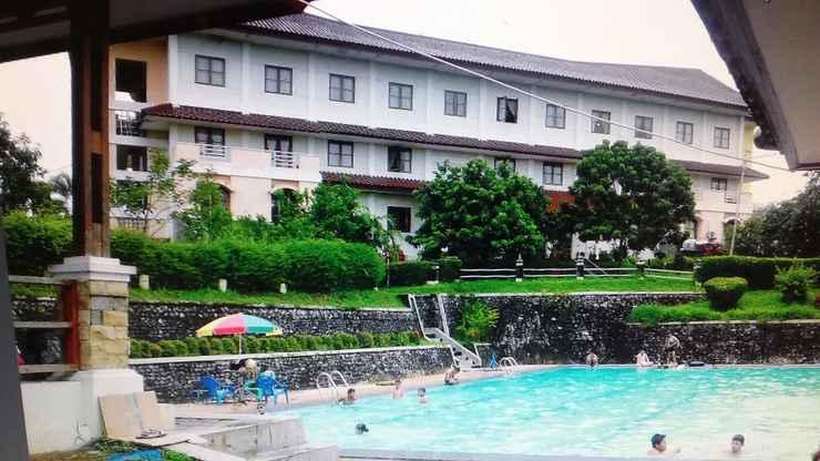 SWIMMING_POOL Hotel Bukit Serelo Lahat