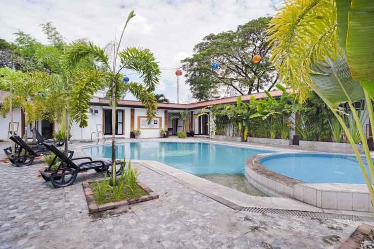 SWIMMING_POOL OYO 472 Poleng Villa