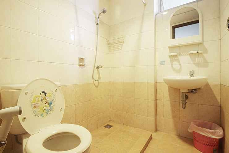 BATHROOM Room at Mediternia Palace Kemayoran Apartment