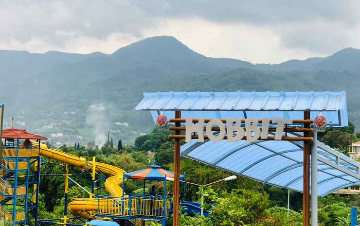Seruni Hotel Hobbit House Bogor -