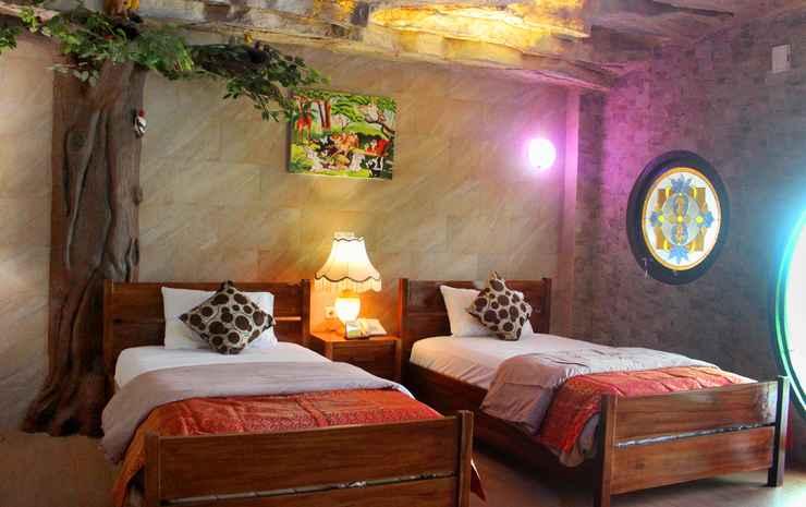 Seruni Hotel Hobbit House Bogor - Gollum