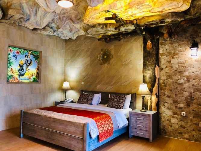 BEDROOM Seruni Hotel Hobbit House