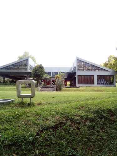 VIEW_ATTRACTIONS Hotel Taman Piknik