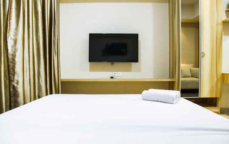 Modern Style The Oasis Studio Apartment with Comfortable Sofa by Travelio Bekasi - Studio (1 Queen Bed)