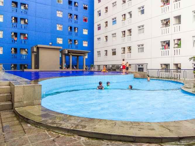 SWIMMING_POOL Studio City View Green Pramuka City Apartment by Travelio