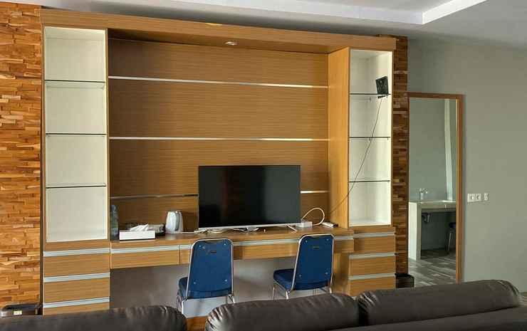 Cozy Room at De Villa Cetho Karanganyar - Happy Big Family