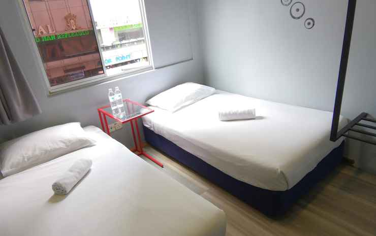 Town View Hotel Kuala Lumpur - Superior Twin Room with Window (Room Only NR)