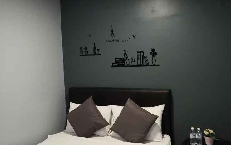 Town View Hotel Kuala Lumpur - Standard Queen Room with Window (Room Only NR)