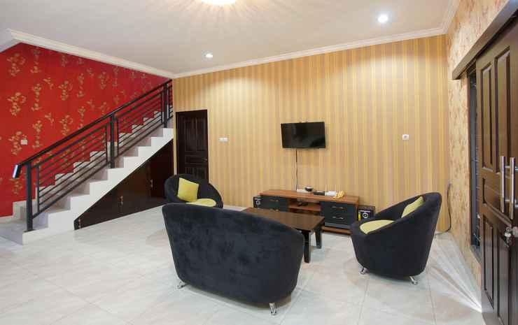 OYO 347 Bayang Brothers Guest House Near Jogja International Hospital Yogyakarta -