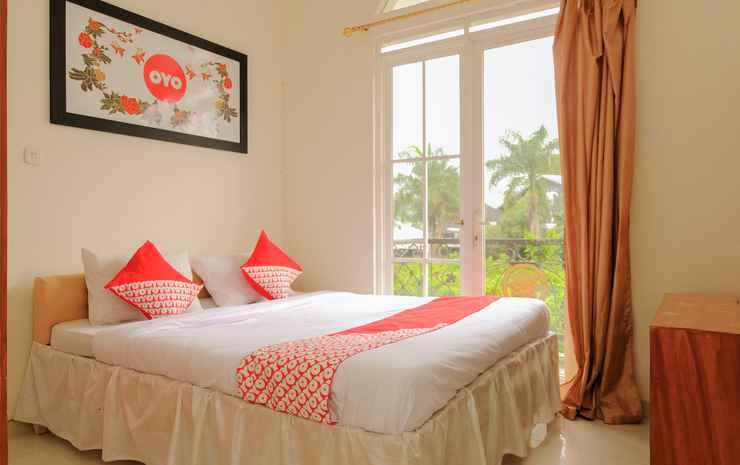 OYO 414 Loji Rejo Guest House Malang - Standard Double