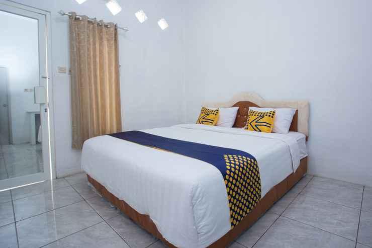 BEDROOM SPOT ON 3119 Hotel Kurnia